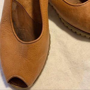 Banana Republic Leather Open Toe Flats